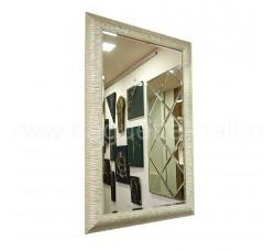 Зеркало с деревянным багетом